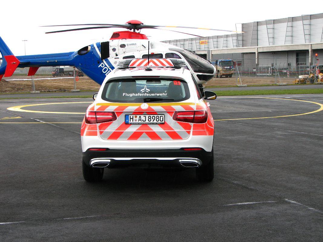design112_werkfeuerwehr_airport_hannover_kdow_mb_glc_flaechnfolierung_ral3026_warnmarkierung-5