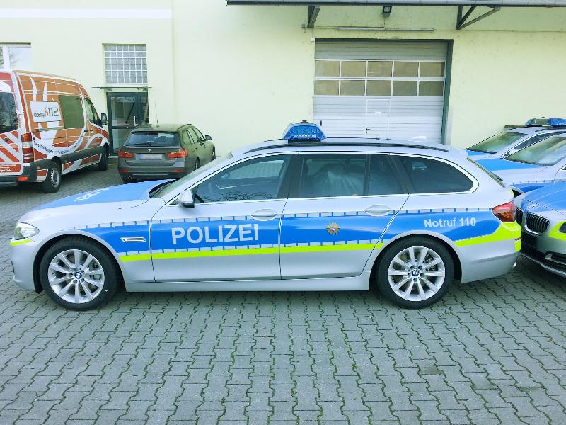 design112-polizei-hessen-bmw-5er-touring-f11-links