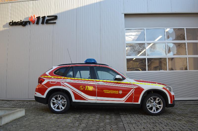 design112-kdow-feuerwehr-bmw-x1-ennepe-ruhr-kreis-ral-3000-linienmarkierung-gelb