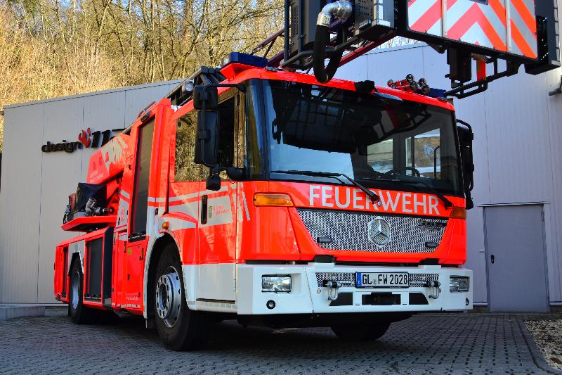 design112-metz-dlk-bergisch-gladbach-warnmarkierung-korb