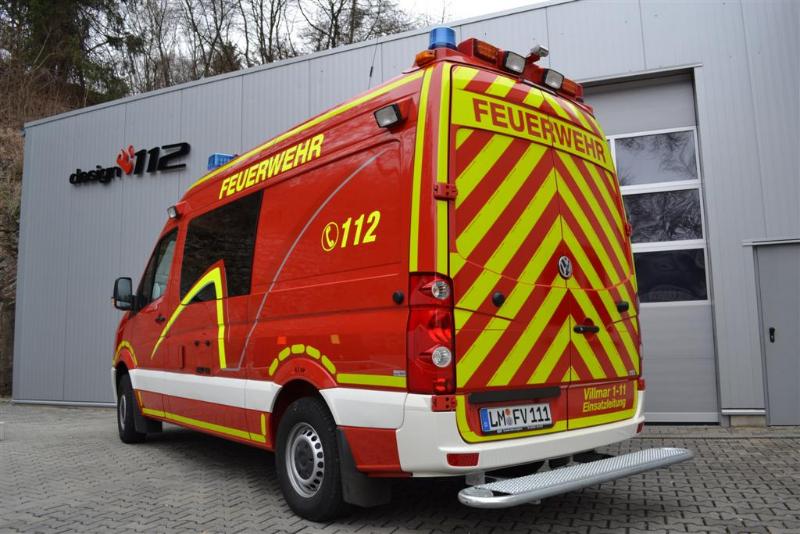 design112-feuerwehr-villmar-elw-warnmarkierung-din14502-3-rot-gelb