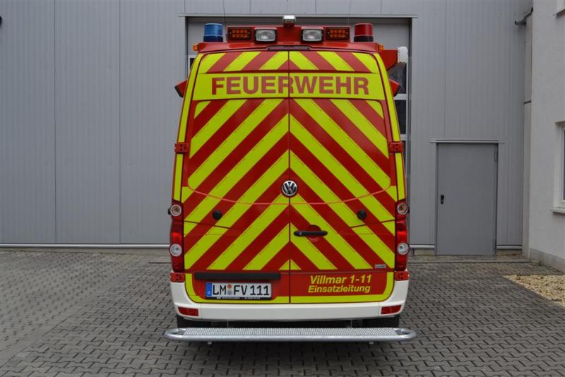 design112-feuerwehr-villmar-elw-warnmarkierungsatz-rot-gelb