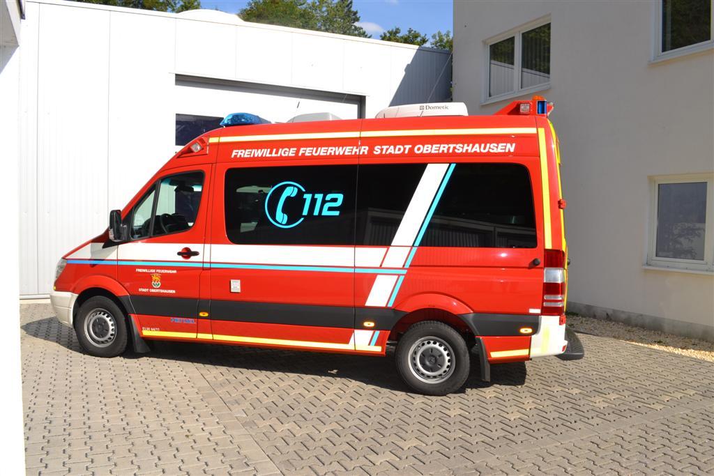 elw-feuerwehr-obertshausen-konturmarkierung-2-design112