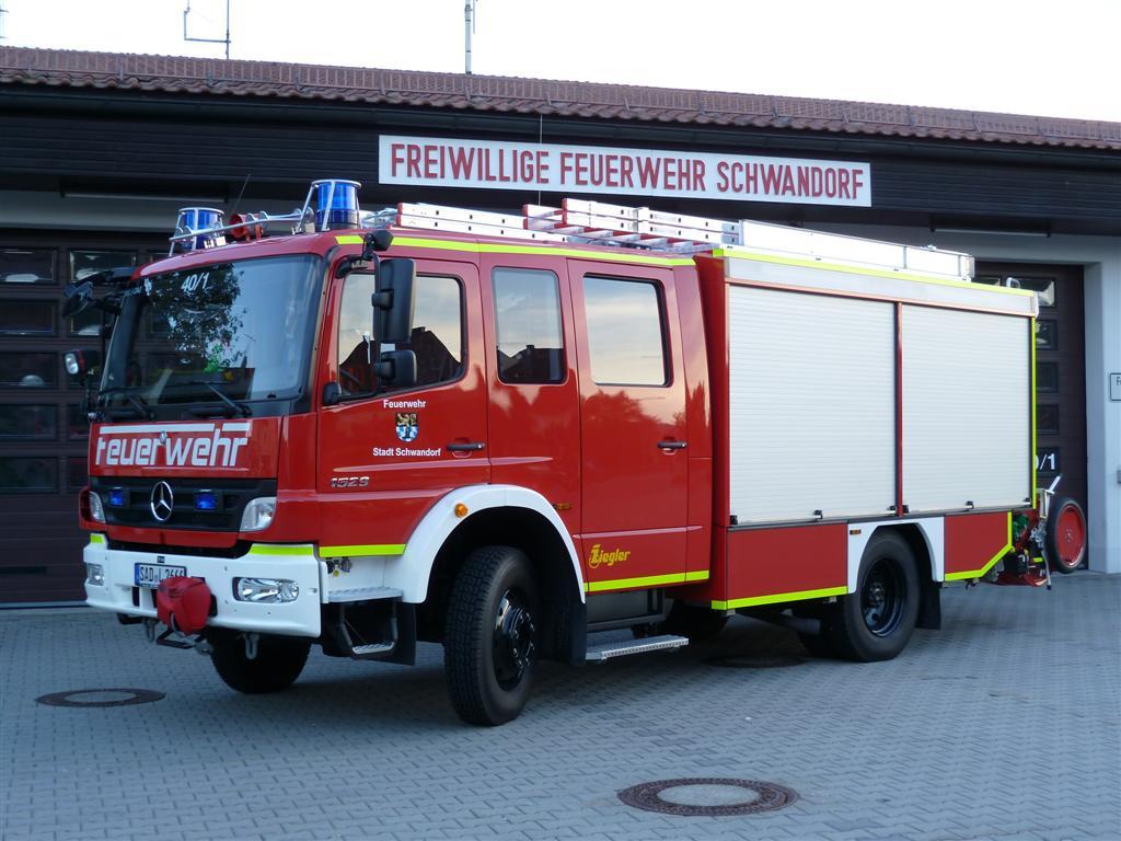 feuerwehr-schwandorf-lf20-16_vorne_0