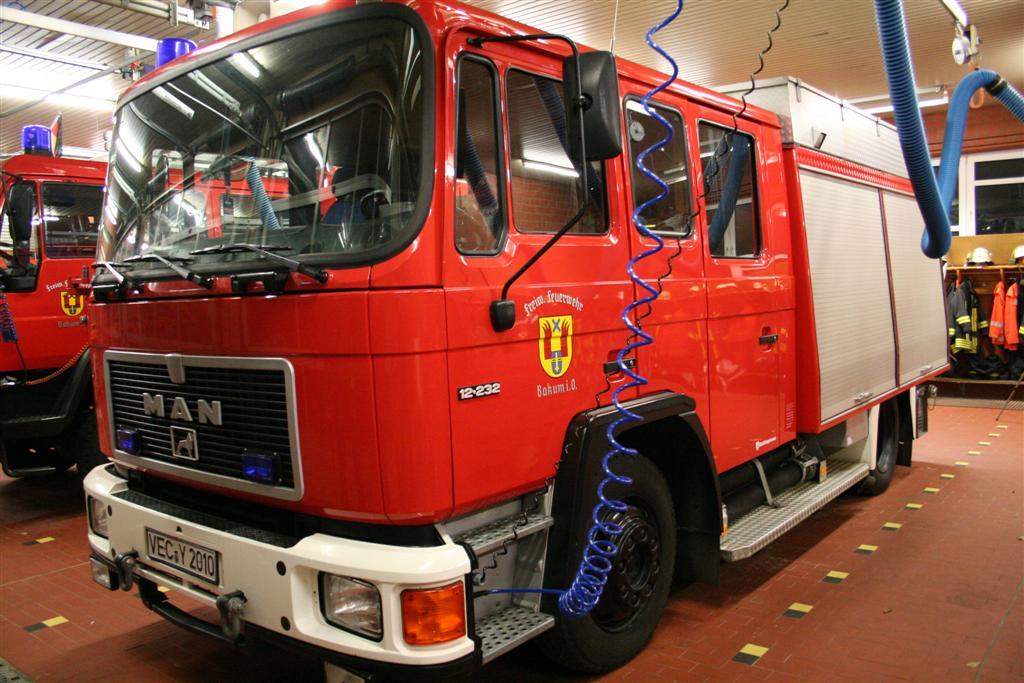 beklebung-fahrzeuge-ff-046-large