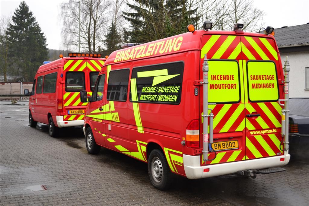 warnmarkierung-rot-gelb-sprinter-vw-lt-feuerwehr-luxemburg-heck