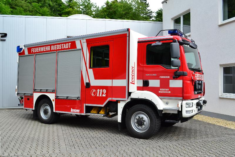 design112-feuerwehr-riedstadt-hlf-konturmarkierung-warnmarkierung-3