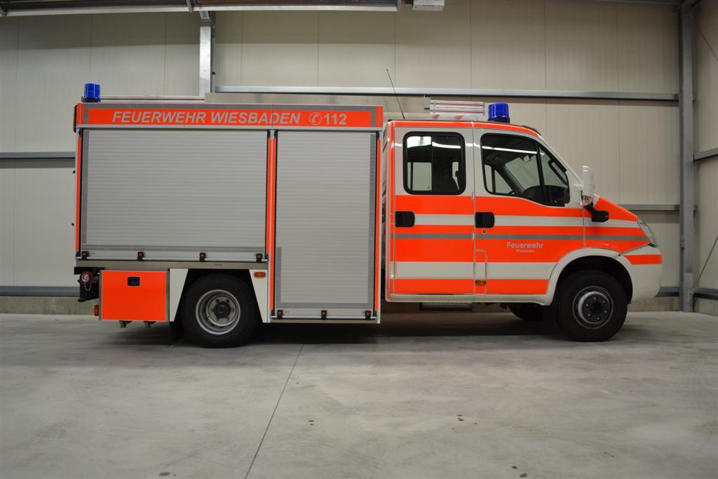 design112-tsfw-feuerwehr-wiesbaden-ral3026-konturmarkierung